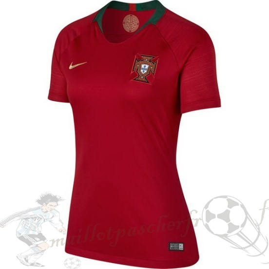 Equipement Maillot Foot Nike Domicile Maillot Femme Portugal 2018 Rouge