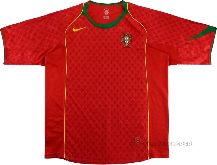 Equipement Maillot Foot Nike Domicile Maillot Portugal Rétro 2004 Rouge