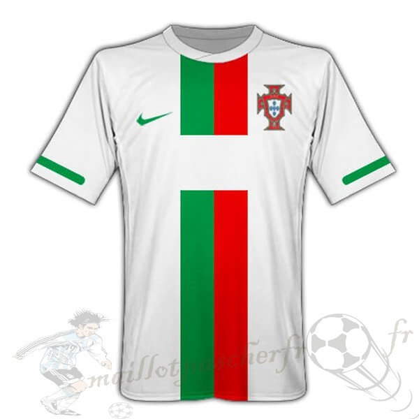 Equipement Maillot Foot Nike Exterieur Maillot Portugal Retro 2010 Blanc