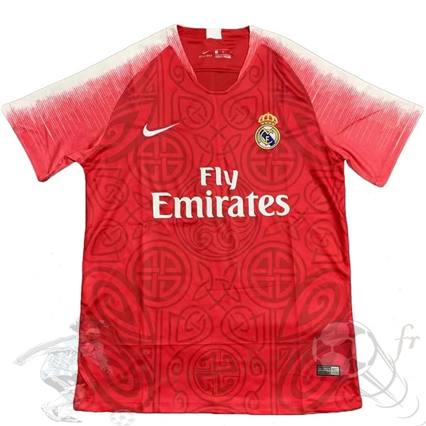 Equipement Maillot Foot Nike Concept Maillot Real Madrid 2019 2020 Rouge